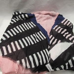 Calvin Klein Geo Colorblocked Scarf (Black)